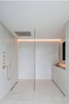 Bathroom, minimal