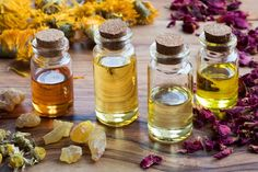 How to Use Essential Oils for Cellulite Book Perfume, Perfume Fragrance, Cellulite Oil, Skincare Blog, How To Make Diy, Mason Jar Wine Glass, Makeup Blog, Essential Oils, Tableware