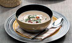 Se quiser uma refeição reconfortante para os dias mais frios, a nossa sopa de castanhas e cogumelos é uma boa opção. Veja como prepará-la.
