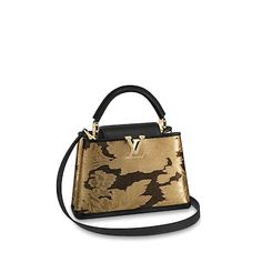 Louis Vuitton Iconic Bags for Women Boutique Louis Vuitton, Louis Vuitton Store, Louis Vuitton Handbags, Purses And Handbags, Popular Designer Bags, Baroque Fashion, Fashion Bags, Bucket Bag, Leather