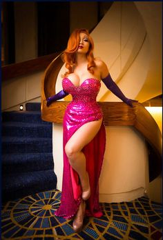 """This is in """"Good Cosplay,"""" but this looks too perfect to actually be cosplay. (Jessica Rabbit from """"Who Framed Roger Rabbit"""") Roger Rabbit, Holli Would, Charlie Brown, Jessica Rabbit Costume, Minions, Divas, Cosplay Characters, Cartoon Characters, Hollywood"""