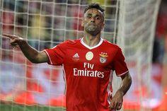 """Avançado do Benfica partilhou fotografia nas redes sociais, em que diz """"saber esperar pelo tempo certo"""". Jonas, afastado da competição há quase três meses"""