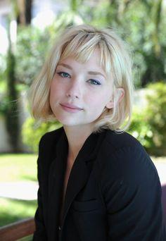 תוצאת תמונה עבור blonde hair with bangs