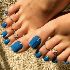 Toe nail art designs Toe nail art design ideas for summer spring Blue Toe Nails, Pretty Toe Nails, Blue Toes, Feet Nails, Pretty Toes, Gorgeous Nails, Blue Nail, Beautiful Toes, Best Toe Nail Color
