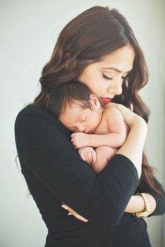 Cute photo pose with mommy and baby