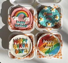 Big Cakes, Just Cakes, Sweet Cakes, Pretty Birthday Cakes, Pretty Cakes, Cute Desserts, No Cook Desserts, Korean Cake, Pastry Cake