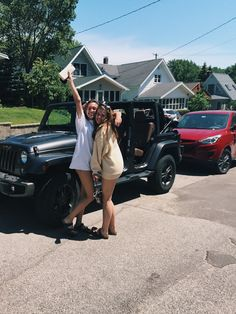 Wish this was my jeep for the summer :)) my pic! Instagram: hannah_meloche Pinterest: hannahmeloche