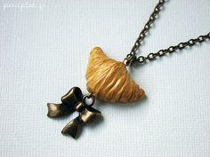 Miniature Food Jewelry - Bijoux Gourmands - Collier Croissant | Flickr – Condivisione di foto!