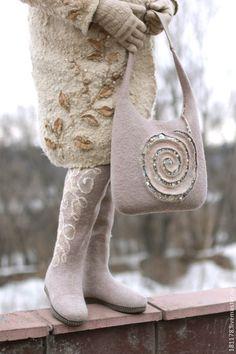 "Женские сумки ручной работы. Ярмарка Мастеров - ручная работа. Купить Сумка ""Розовый кварц"". Handmade. Бежевый, эко-стиль Felt Art, Beautiful Bags, Purses And Bags, Reusable Tote Bags, Womens Fashion, Felted Bags, Felting, Felt Bags, Embroidery"