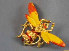Vintage yellow bumble bee brooch