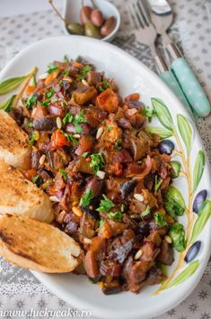 Caponata in stil sicilian - Lucky Cake Sicilian, What To Cook, Kung Pao Chicken, Cooking, Cake, Ethnic Recipes, Desserts, Food, Celery