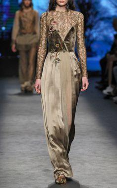 Alberta Ferretti Look 38 on Moda Operandi