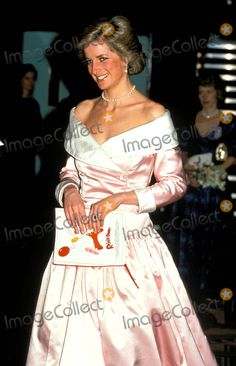 "November 21 1988 Diana, Patron, British Lung Foundation, attends the film premiere of ""Who Framed Roger Rabbit"" in aid of the charity at the Odeon, Leicester Square, London"