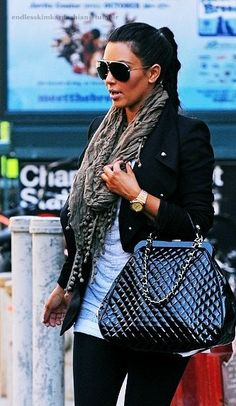 hate her. love her style.