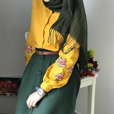 Modest Fashion Hijab, Modern Hijab Fashion, Abaya Fashion, Muslim Fashion, Fashion Outfits, Hijab Dress Party, Hijab Style Dress, Casual Hijab Outfit, Hijab Chic