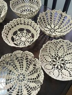 Diy Crafts - Old things in a new way: modern decor with lace Crochet is a creative, and even slightly meditative process. However, it is difficult to Doilies Crafts, Lace Doilies, Crochet Doilies, Crochet Lace, Lampe Crochet, Crochet Bowl, Blanket Crochet, Diy Home Crafts, Arts And Crafts