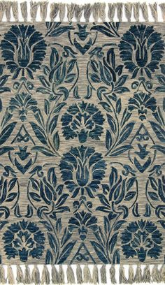 Magnolia Home rugs designed by Joanna Gaines for Loloi Hooked of 100% wool by master artisans, the Jozie Day Collection offers casual charm for any room. Each piece of this Magnolia Home by Joanna Gai