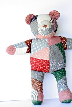 Vintage Calico Patchwork Teddy Bear - House of Hatten - Large Bear - Adorable Country Cottage Baby Decor - Kids Maxx Teddy Bear Crafts, My Teddy Bear, Patchwork Baby, Fabric Toys, Baby Boy Blankets, Bear Doll, Patch Quilt, Sewing Toys, Diy Doll