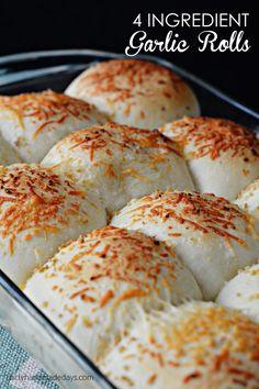 4 Ingredient Garlic Rolls - bjl
