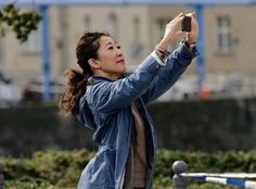 Sandra Oh, Couple Photos, Couples, Eve, Style, Fashion, Couple Shots, Swag, Moda