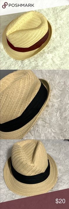 03ca5f3f1c6f2c Black Banded Fedora Hat This fedora is EXACTLY what you've been looking for!