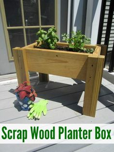 How to Build a Scrap Wood Planter Box