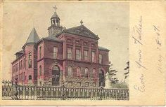 """"""" Saint Agnes Parochial School """". Vintage 1906 Post Card. Writing on front of card is dated May 18, 1907, an UDB-UNU, and in Excellent condition. Karodens Vintage Post Cards"""