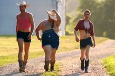 """Hilarious Music Video Takes Shot At """"Bro Country"""" [WATCH] 