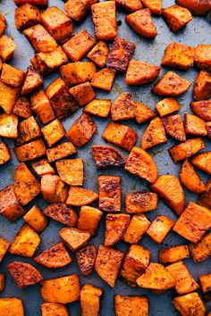 Roasted Honey Cinnamon Butter Sweet Potatoes get roasted with the incredible flavor of cinnamon honey butter to create the absolute perfect side dish! Roasted Potato Recipes, Sweet Potato Recipes, Roasted Sweet Potatoes, Kumara Recipes, Best Nutrition Food, Health And Nutrition, Health Tips, Nutrition Data, Nutrition Articles