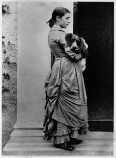 BEATRIX POTTER;---AKA Helen Beatrix Potter; Born: 28-Jul-1866; Birthplace: London, England; Died: 22-Dec-1943 --    http://www.nndb.com/people/555/000031462/