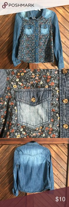 Mudd floral denim shirt long sleeve Mudd floral denim shirt long sleeve in EUC size small. Perfect for fall denim long sleeve with floral design on front. Sleeveless can be rolled up. Mudd Tops Button Down Shirts