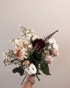 FALL COLOUR_Toronto wedding, fall bouquet, wedding florist Fall Bouquets, Toronto Wedding, Floral Wreath, Wreaths, Bouquet Wedding, Instagram Posts, Colour, Studio, Color