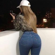 Superenge Jeans, Sexy Jeans, Skinny Jeans, Curvy Women Fashion, Girl Fashion, Vrod Harley, Fit Women, Sexy Women, Summertime Girls