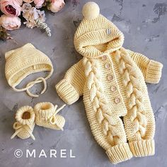 Overalls free crochet pattern for baby new pattern images for 2019 page 48 of 57 – Artofit Baby Sweater Knitting Pattern, Sweater Knitting Patterns, Crochet Patterns, Crochet Baby Booties, Newborn Crochet, Diy Crafts Knitting, Pull Bebe, Knitted Baby Clothes, Baby Sweaters