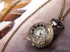 Antique Bronze Necklace Pendant Quartz Watch