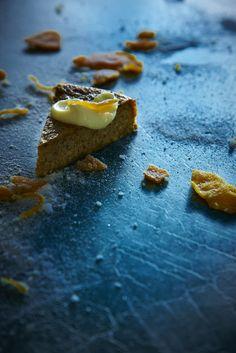 mandarin hazelnut cake