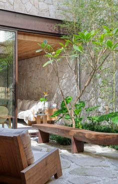 House Bali, Decorating My First Apartment, Home Interior Design, Interior And Exterior, Wood Arch, Pergola, Tropical Interior, Terrace Design, Timber House