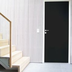 Black is the new white - også for dører. Les mer på swedoorbloggen.no  #swedoor #swedoorno #stable #doordesigner #dør #innerdør #interiør #innredning #inspirasjon #renovering #oppussing #nyedører #nordicliving #boligdrom #skandinaviskehjem #nordiskehjem #interior4all #nordichome New Homes, Curtains, Doors, Home Decor, Blinds, Decoration Home, Room Decor, Draping, Home Interior Design