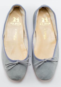 suede gray porselli flats.
