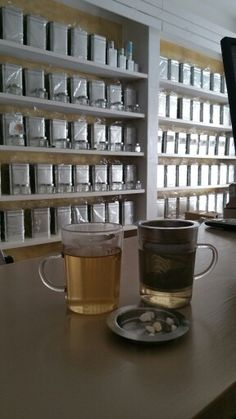 Tea time, shop tea