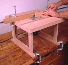 Benchtop Router Table by Jeff Greef -- Homemade benchtop router table featuring a laminated hardwood top. http://www.homemadetools.net/homemade-benchtop-router-table-2