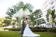 Destination Wedding - Riu Ocho Rios Jamaica - Bride & groom - kiss -love