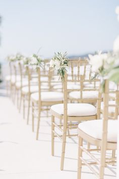 Photography : Ben Yew Photography + Film | Reception Venue : Rocabella Hotel Santorini | Event Design : Santorini Glam Weddings  | Event Planning : Santorini Glam Weddings Read More on SMP: http://www.stylemepretty.com/2017/03/15/santorini-modern-minimalist-wedding/