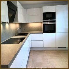 Ff 💖 Uffff . a cozinha está ótima 🤭 🤫 graças ao nosso . Shaker Style Kitchen Cabinets, Shaker Style Kitchens, Home Kitchens, Kitchen Room Design, Home Decor Kitchen, Kitchen Interior, Kitchen Fitters, Contemporary Kitchen Design, Cuisines Design