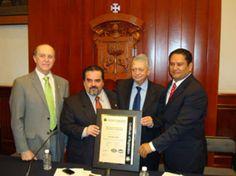 Certificación ISO 9001:2008 Felicitamos a Dirección de Finanzas de la Universidad de Guadalajara por su Re-certificación en ISO 9001:2008.