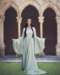 Arwen Arwen Costume, Elf Costume, Elfa, Fairy Dress, Medieval Dress, Fantasy Dress, Fantasy Wedding, Bridesmaid Dresses, Wedding Dresses