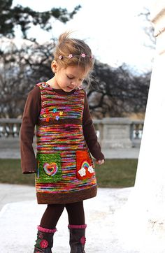 Diy Crafts - Ravelry: Green Apple pattern by Monika Sirna (take away the stupid pockets and buttons and it would be so cute for school! Crochet Baby Poncho, Knit Crochet, Knitting Designs, Knitting Patterns Free, Knitting Stitches, Knitting For Kids, Baby Knitting, Ravelry, Kids Poncho