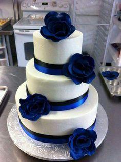 Black and blue cake (police cake)