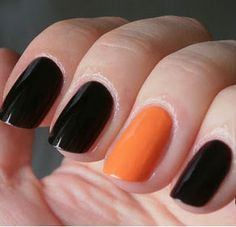 Even if you're not going all out and wearing costume this Halloween, that doesn't mean your nails can't get dressed up! Halloween Nail Colors, Halloween Nails, Accent Nail Designs, Manicure, Nail Games, Birthday Nails, Accent Nails, Nail Polish Colors, Black Nails