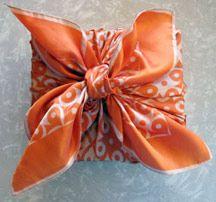 Buy Token of appreciation You should wrap, Souvenir Bags & Get Gift Wrapping Inspiring ideas And Creative Gift Wrapping, Creative Gifts, Wrapping Ideas, Christmas Scarf, Christmas Crafts, Craft Gifts, Diy Gifts, Japanese Wrapping, Gift Wraping